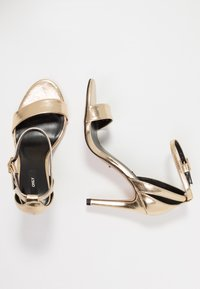 ONLY SHOES - Sandalias de tacón - gold - 3