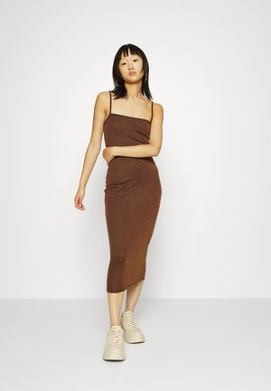 RIBBED STRAPPY DRESS - Shift dress - brown