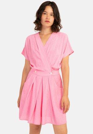 ANAH - Day dress - pink