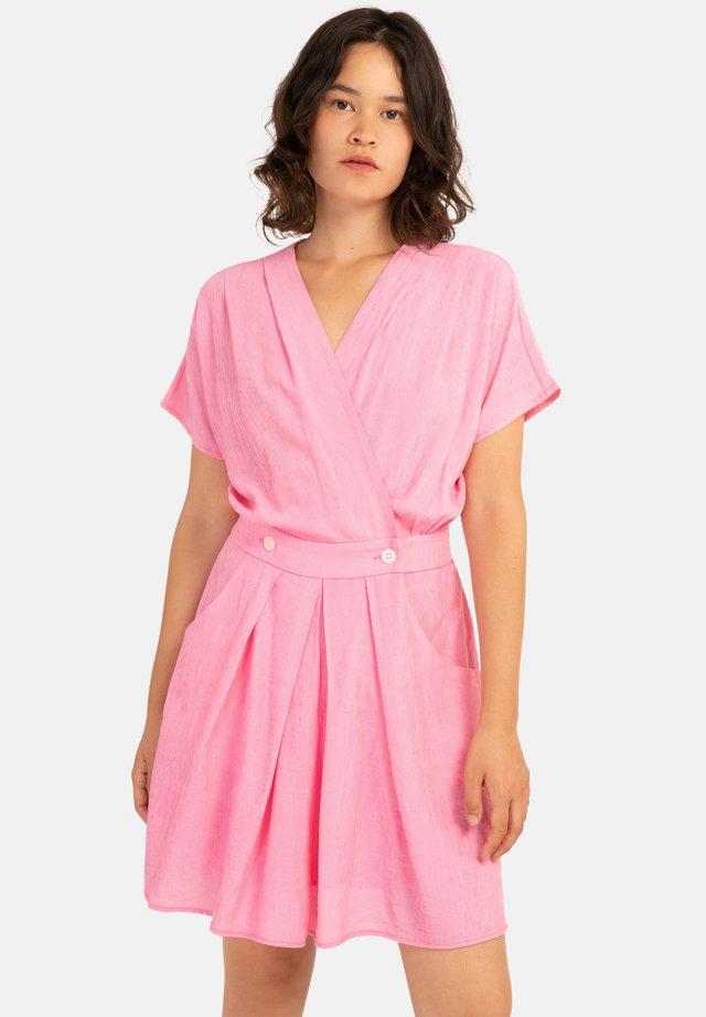 ANAH - Robe d'été - pink