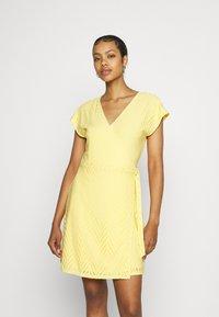 Vero Moda - VMLEAH SHORT DRESS - Day dress - cornsilk - 0