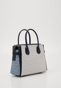 MICHAEL Michael Kors - BELTED SATCHEL - Handbag - navy/multi - 2