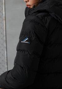 Superdry - Winterjas - black - 2