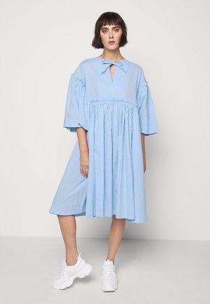 DARLING DRESS - Vestido informal - light blue