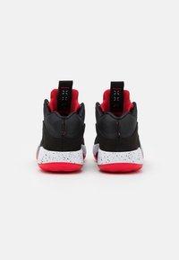 Jordan - AIR XXXV UNISEX - Basketbalové boty - black/fire red/reflect silver - 2