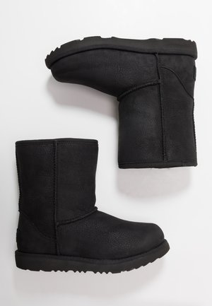 CLASSIC SHORT WP - Bottines - black