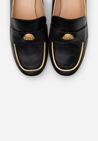 Mulberry - MANATHAN - Mocassins - nero/oro - 6