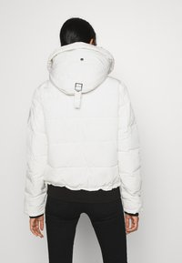 Superdry - EVEREST - Winter jacket - ecru - 3