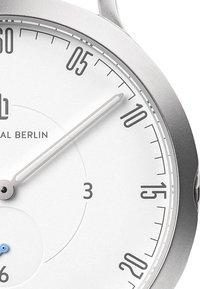 Lilienthal Berlin - Watch - red - 2