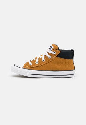 CHUCK TAYLOR ALL STAR STREET MID UNISEX - High-top trainers - brown