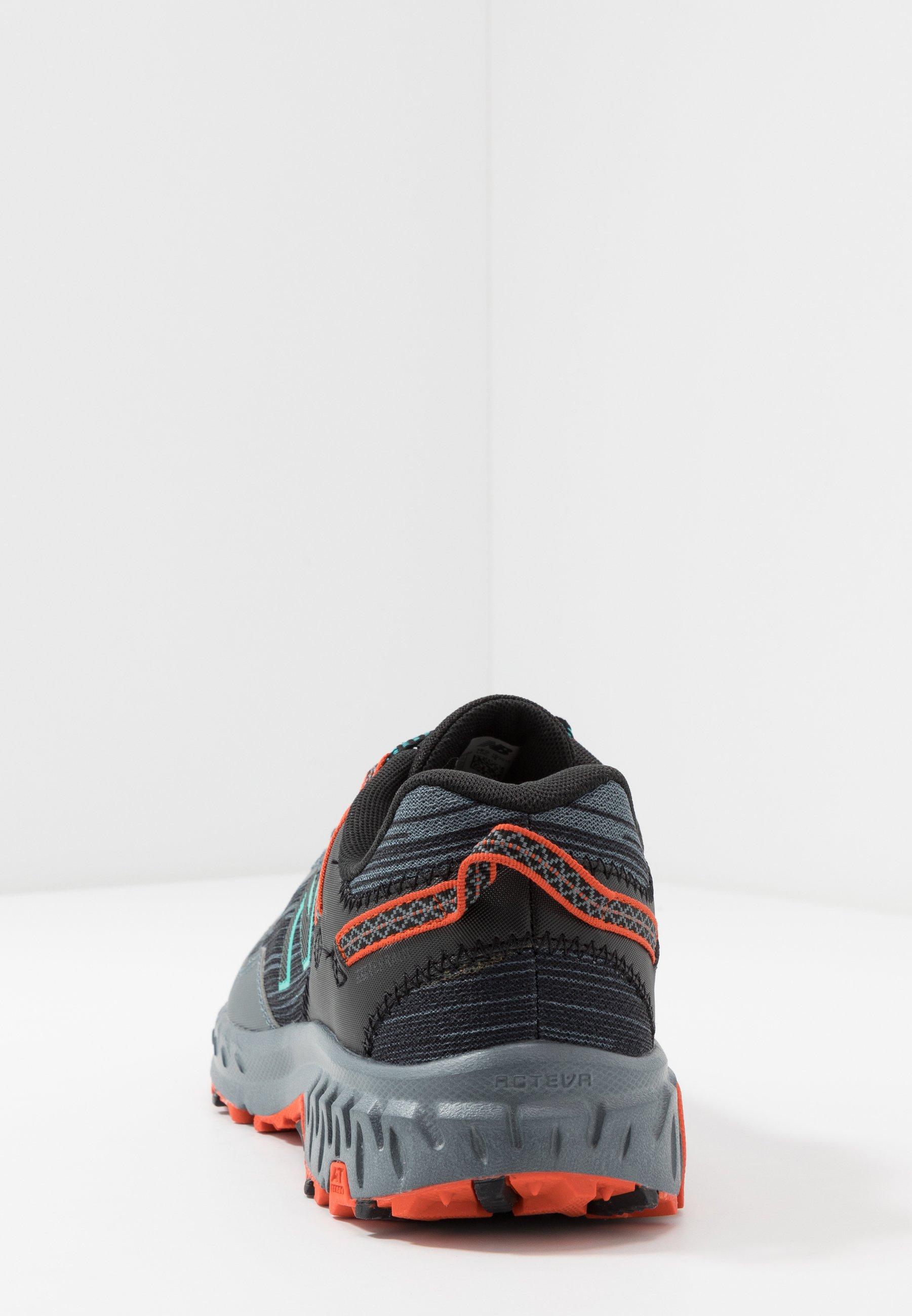 410 V6 - Chaussures de running - grey/black