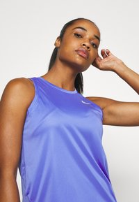 Nike Performance - MILER TANK - Sportshirt - sapphire/reflective silver - 3
