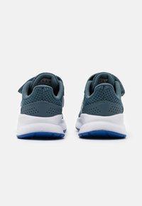 adidas Performance - RUNFALCON I UNISEX - Neutrální běžecké boty - legend blue/royal blue/signal green - 2