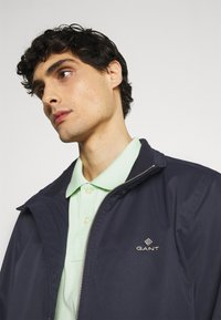 GANT - HAMPSHIRE JACKET - Summer jacket - evening blue - 3