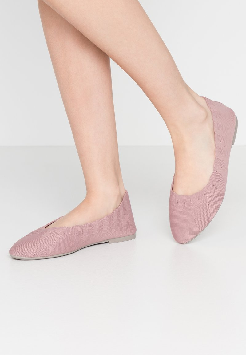 Skechers Wide Fit - CLEO - Ballet pumps - rose