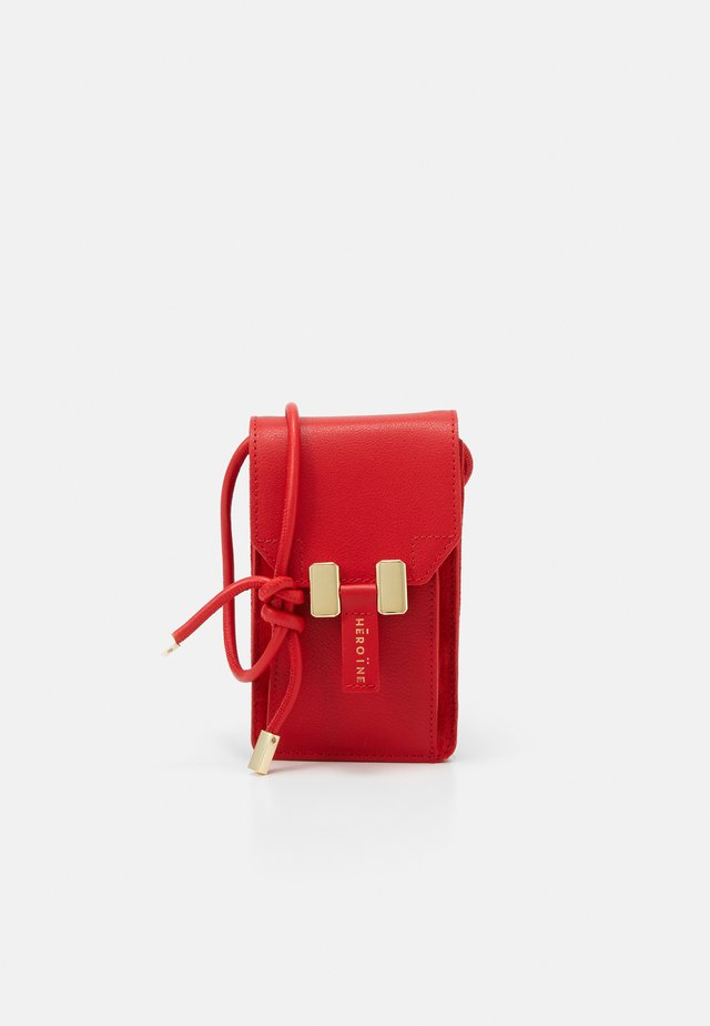 ROMY PHONE - Across body bag - poppy red