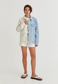 PULL&BEAR - Denim jacket - white - 5