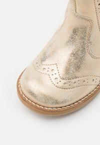 Froddo - CHELYS BROGUE - Classic ankle boots - gold - 5
