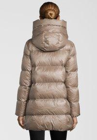 No.1 Como - Down coat - beige - 1