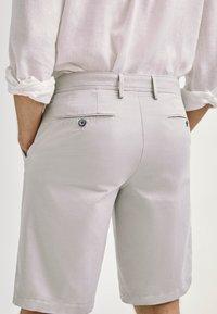 Massimo Dutti - Shorts - grey - 1