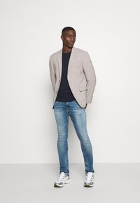 Tommy Jeans - SCANTON SLIM - Slim fit jeans - portobello mid blue comfort - 1