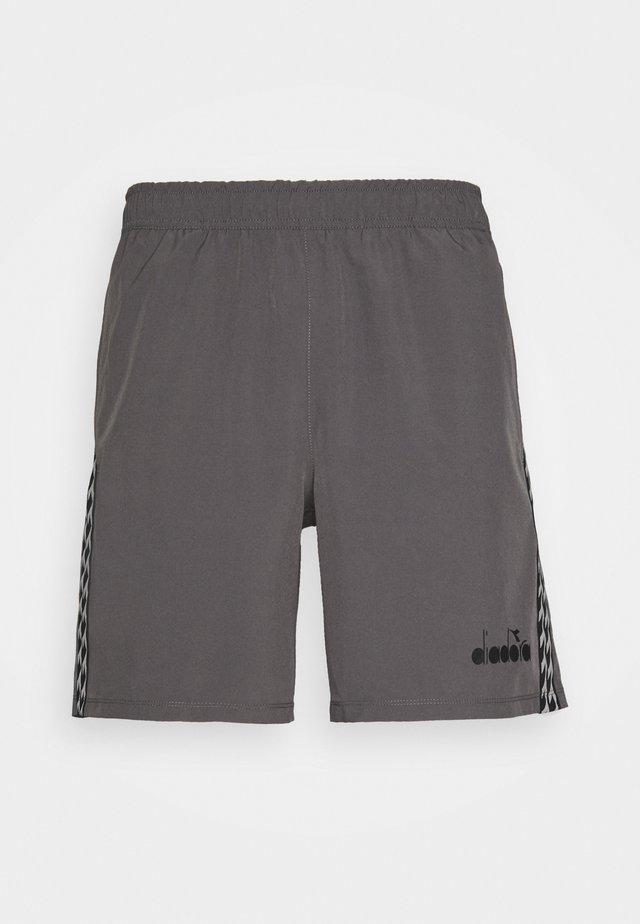 BERMUDA MICRO - Korte broeken - grey quiet shade