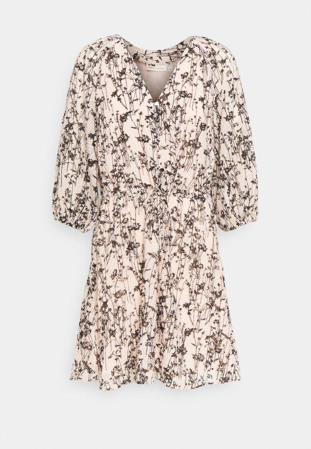 JOSETTA DRESS - Vestido informal - cream tan