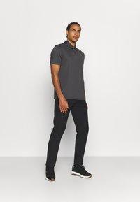 Oakley - TAKE PRO PANT  - Trousers - blackout - 1