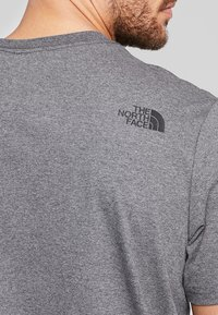 The North Face - EASY TEE SUMMIT GOLD - T-Shirt print - grey heather - 3