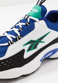 Reebok Classic - DMX SERIES 2K LIGHT BREATHABLE SHOES - Joggesko - cobalt/white/emerald