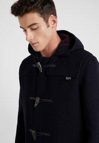 Gloverall - MID LENGTH DUFFLE - Short coat - navy - 4