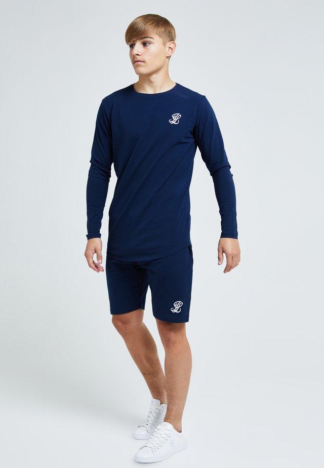 ILLUSIVE CORE - Shorts - navy