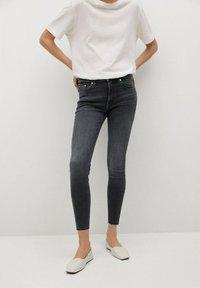 Mango - ISA - Jeans Skinny Fit - open grijs - 0