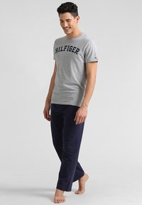 Tommy Hilfiger - Pyjamashirt - grey - 1