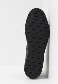 HUGO - Sneakersy wysokie - black - 4