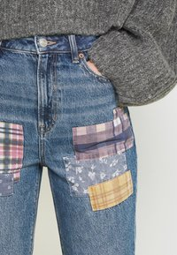 American Eagle - MOM - Straight leg jeans - dark wash - 4
