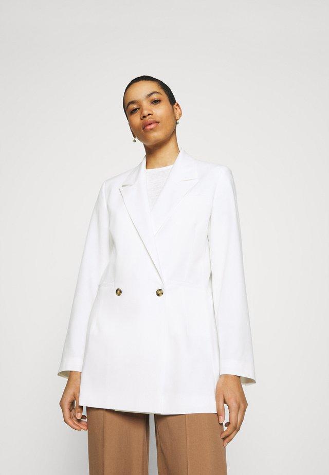 PITA  - Krátký kabát - off white