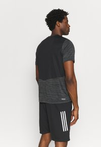 adidas Performance - OUTDOOR - T-shirt z nadrukiem - black - 2
