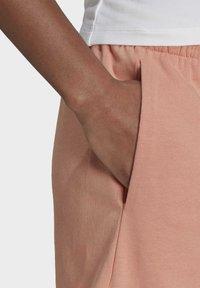 adidas Originals - Shorts - pink - 4