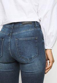 ONLY Petite - ONLBLUSH LIFE - Jeans Skinny Fit - medium blue denim - 3