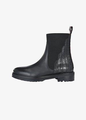 GIOVANNA - Korte laarzen - schwarz