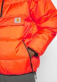 Carhartt WIP - JONES  - Zimní bunda - safety orange - 6