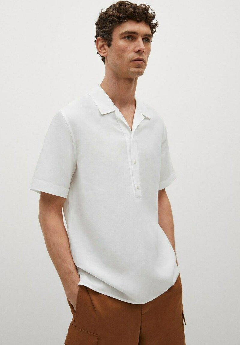 Mango - REGULAR-FIT  - Shirt - blanc