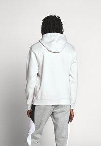 Nike Sportswear - CLUB HOODIE - Hættetrøjer - vast grey - 3