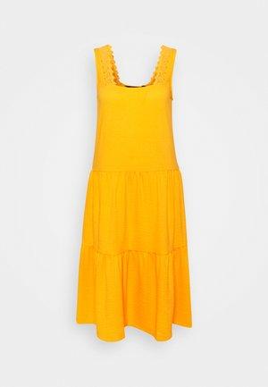 VMALICE DRESS - Jerseykjole - saffron