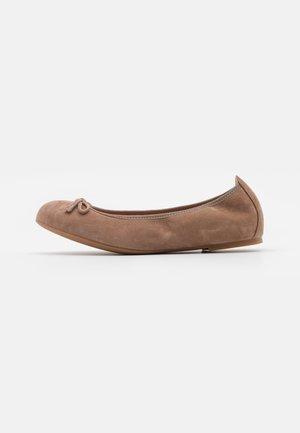ACOR - Ballet pumps - funghi