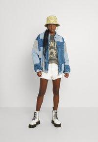 BDG Urban Outfitters - PATCHWORK BILLY JACKET - Denim jacket - denim - 1