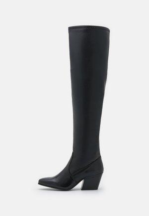 YASOTHEA - Kozačky nad kolena - black