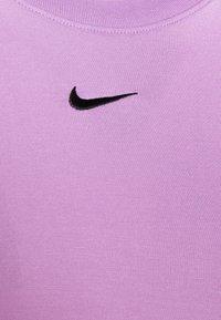 Nike Sportswear - TEE SLIM - Camiseta básica - violet shock - 6