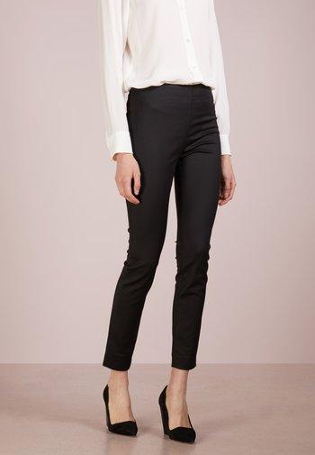 MILA PANTS - Kalhoty - black